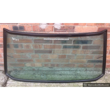 W201 Genuine Mercedes Rear Windscreen Complete With Screen Rubber & Gloss Black Trims