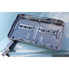 W123 Genuine Mercedes Battery Support Tray 123 620 05 18 BRAND NEW OLD STOCK