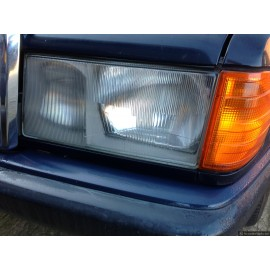 W201 190 E,D Genuine Mercedes Passenger Side ( Left) Headlamp - Grade A
