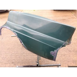 W110 Fin Tail (Heck Flosse) Passenger Rear Quarter Panel