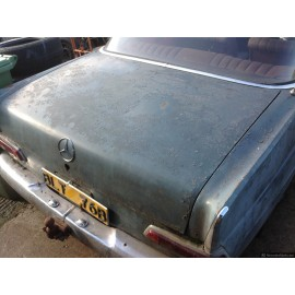 W110 190D Heckfloose Fintail Boot - Trunk Lid In Green