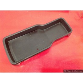 W110 190D Heckflosse Fintail Front Centre Trinket Tray