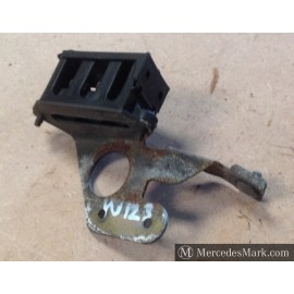 W123 CE & E Starter & Engine Loom Termination Block