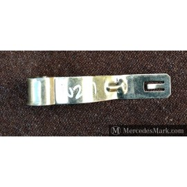 Genuine Mercedes Body Jack Retaining Clip All Models
