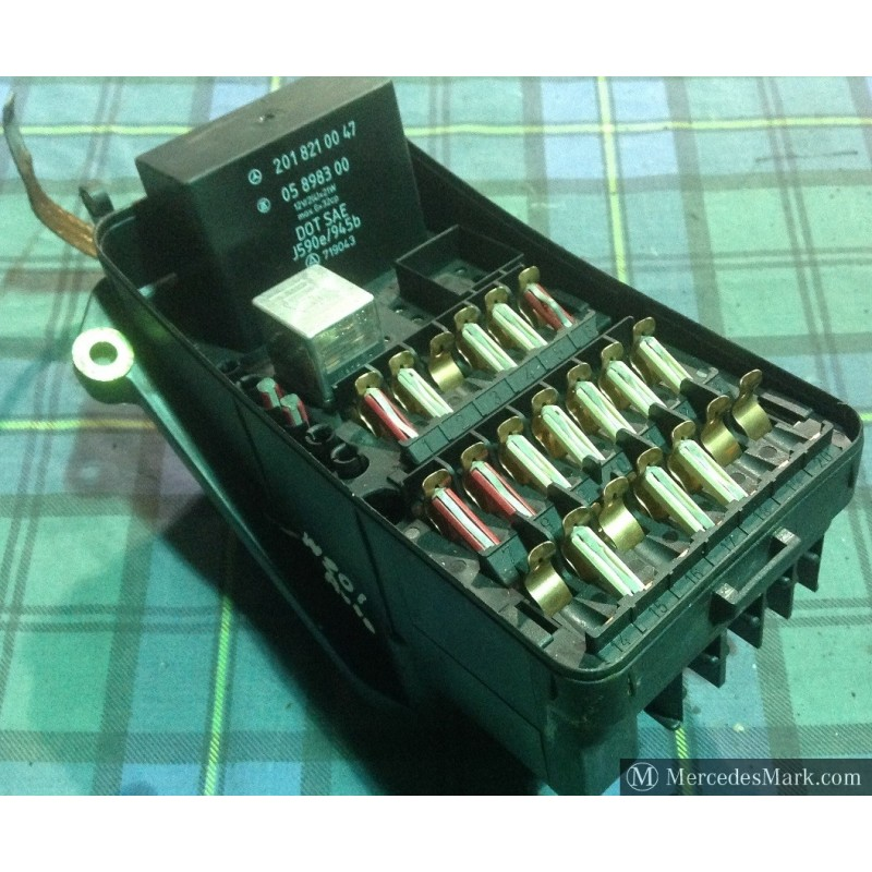 w201 genuine mercedes none ac complete fuse box with lid - mcp restorations  mcp restorations